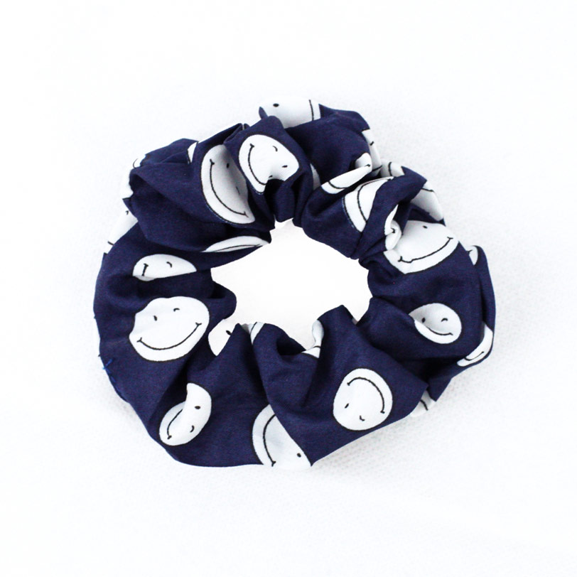 Blue scrunchie – توكة زرقاء (Gift) - Glosscairo - Egypt
