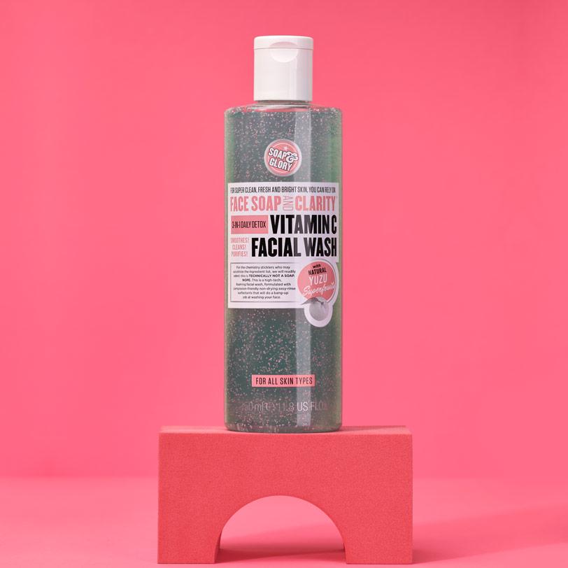 غسول الوجه فيتامين سى 350 مل - Soap & Glory - 385.00EGP - Buy it from GlossCairo.com